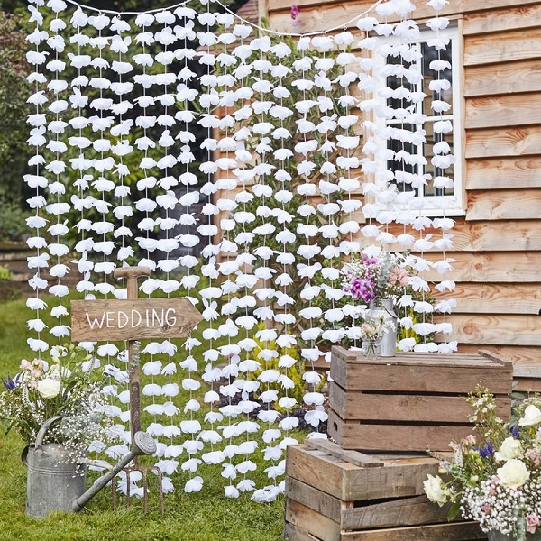 Cw 273 White Floral Backdrop Min