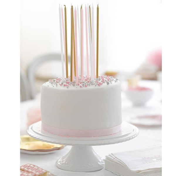 We Heart Pink Long Birthday Candkes 5ffe497c 8c7e 40d6 B00e 1a5ae06f62ab